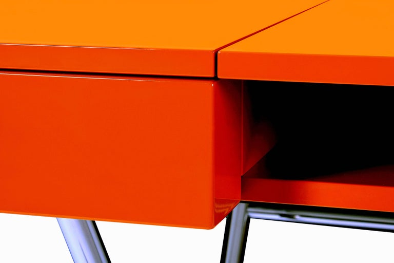 Contemporary Cosimo Desk by Marco Zanuso Jr. with Orange Glossy Lacquered Top For Sale 1