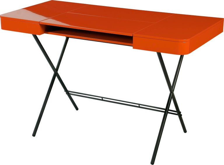 Contemporary Cosimo Desk by Marco Zanuso Jr. with Orange Glossy Lacquered Top For Sale 3