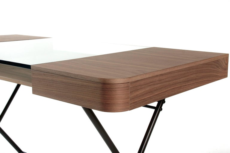 Contemporary Cosimo Desk by Marco Zanuso Jr. with Walnut Veneer and Glass Top In New Condition For Sale In Paris, FR