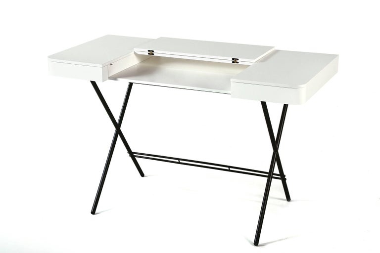 Contemporary Cosimo Desk by Marco Zanuso Jr. with White Mat Lacquered Top For Sale 2
