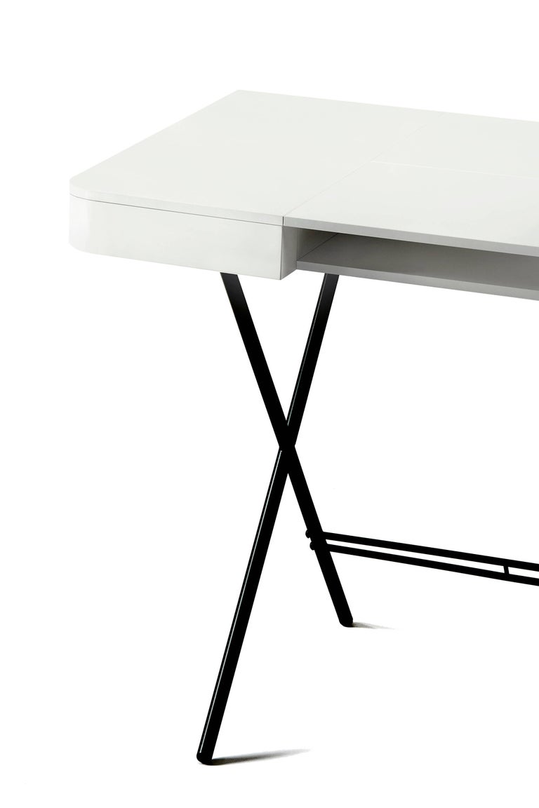 Contemporary Cosimo Desk by Marco Zanuso Jr. with White Mat Lacquered Top For Sale 3