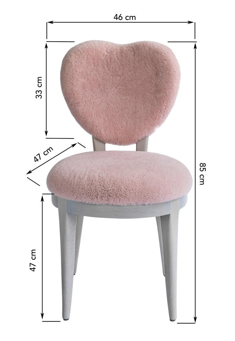 Contemporary Coy Chair Pink Sheepskin Upholstered Dining Chair or Side Chair In New Condition For Sale In London, GB