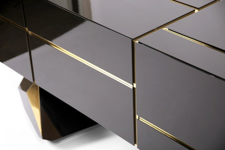 Polished Contemporary Credenza Solitaire, Black, Brass, High Gloss