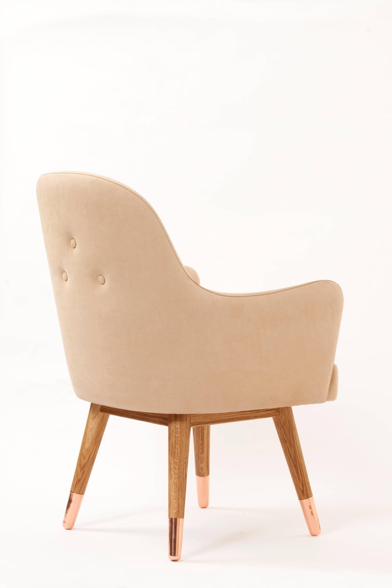 Contemporary Dandy Chair with Beige Suede Leather, Walnut and Brass For Sale 1