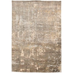 Contemporary Design Rug in Gray and Beige Tones
