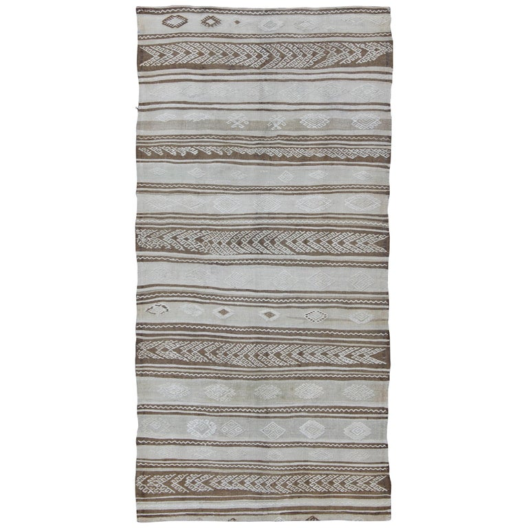 Vintage Turkish Flat Weave Rug: Contemporary Design Vintage Turkish Flat-Weave Kilim Rug