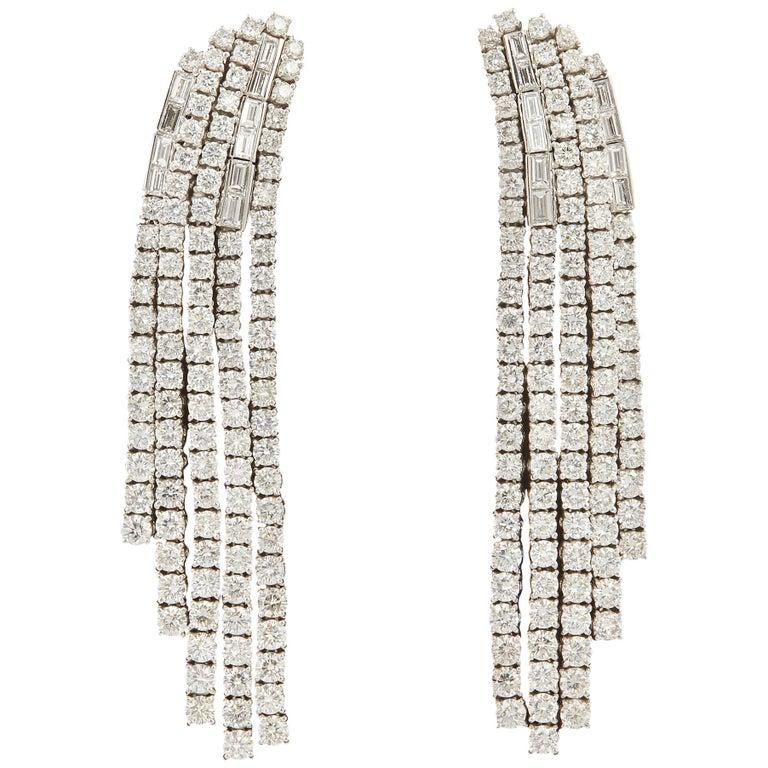 Contemporary Diamond Dangle Chandelier Earrings For Sale