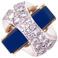 Contemporary Diamond Onyx 14 Karat Yellow Gold Ring