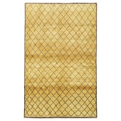 Contemporary Diamond Pattern Turkish Rug in Gold Mustard and Black