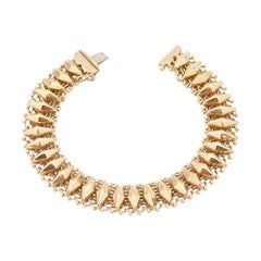 Diamond-Shaped 14 Karat Gold Link Bracelet