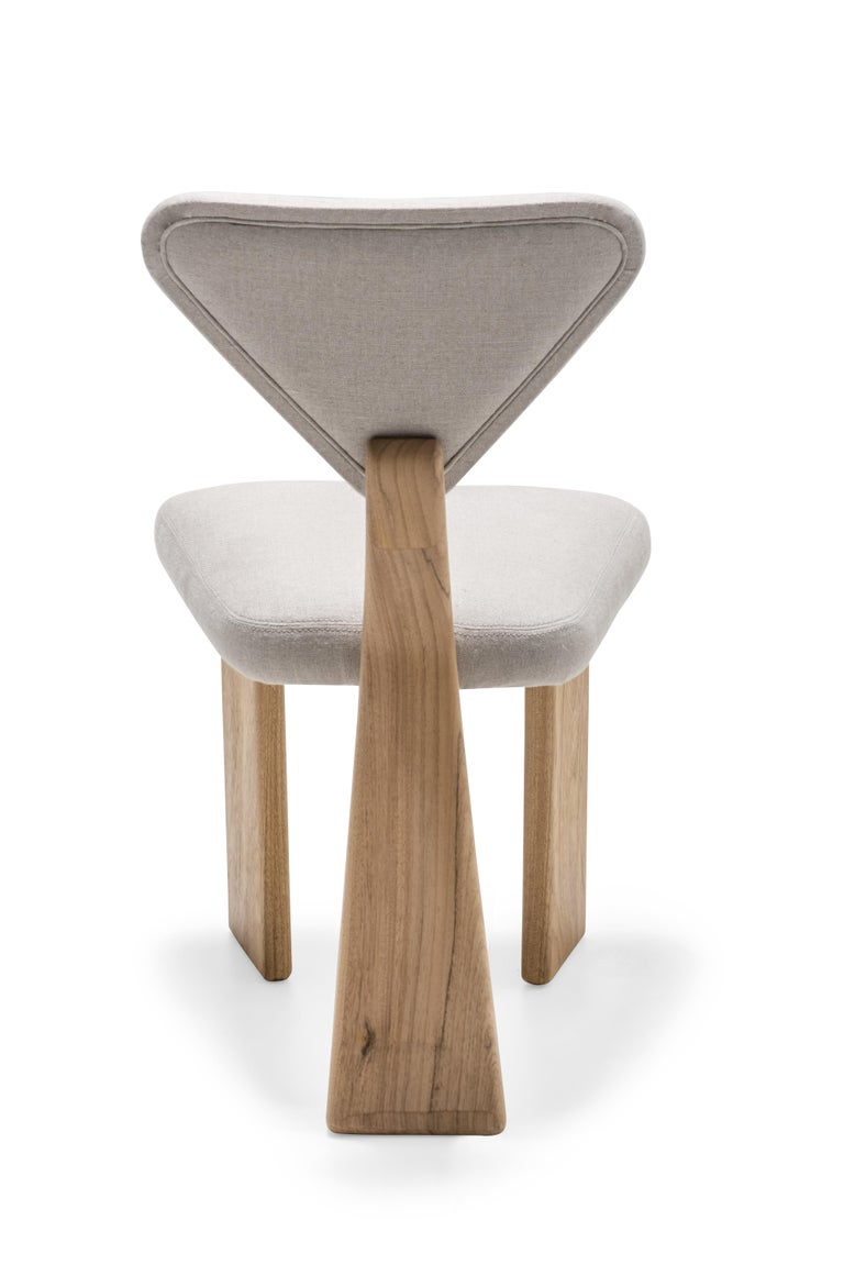 Contemporary Dining Chair in Solid Brazilian Walnut Wood by Juliana Vasconcellos In New Condition For Sale In Belo Horizonte, Minas Gerais