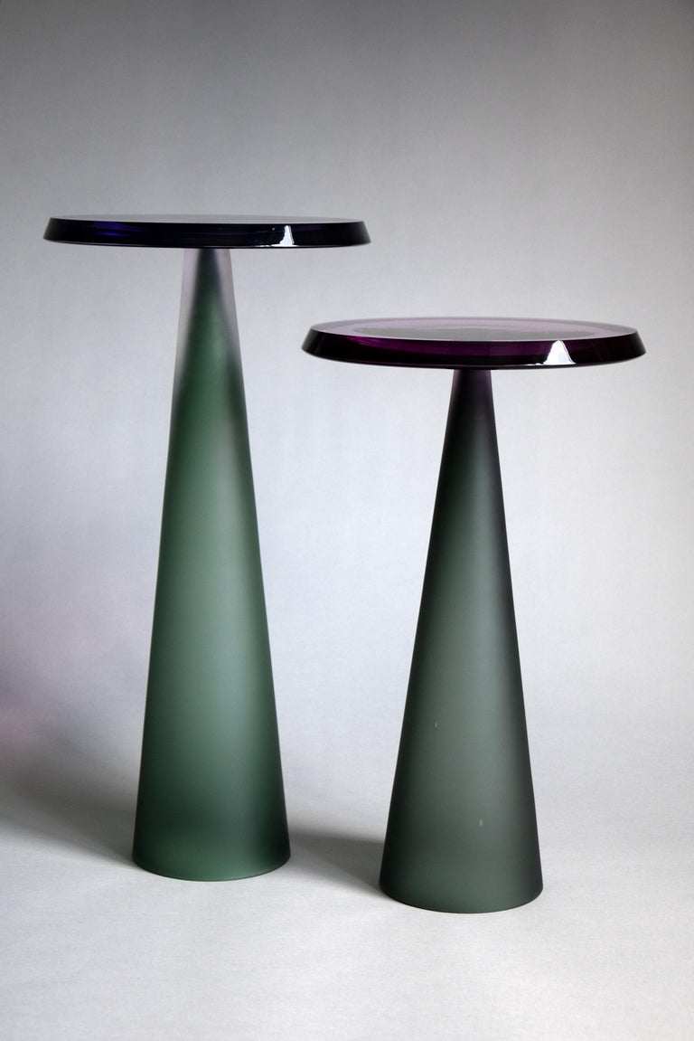 Contemporary Dominio Hand Blown Side Table For Sale 4