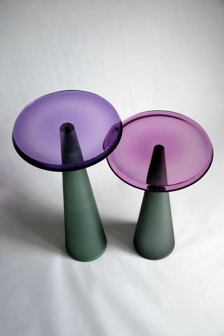 Contemporary Dominio Hand Blown Side Table For Sale 1