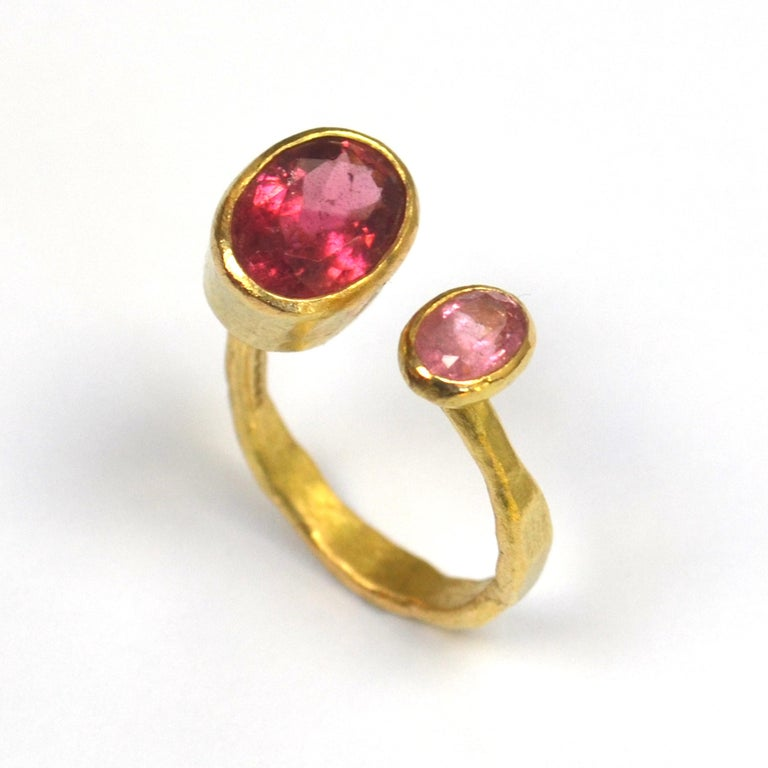 Oval Cut Contemporary Double Pink Tourmaline 18 Karat Gold Handmade Ring by Disa Allsopp For Sale