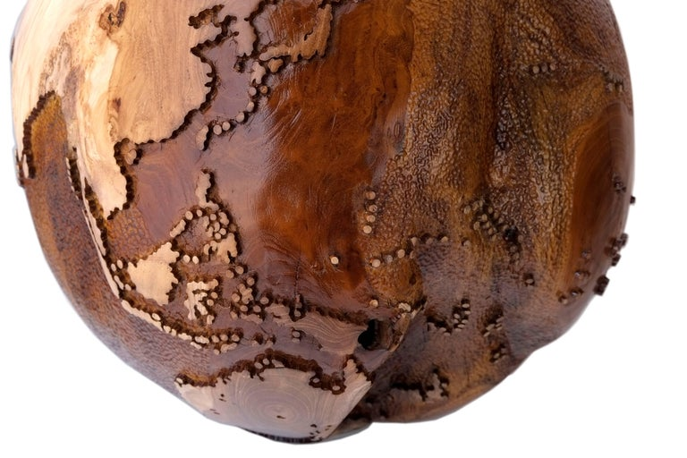 Contemporary Eclat Vibe Globe in Natural Burl and Hammered Skin Textured, 30cm For Sale 3