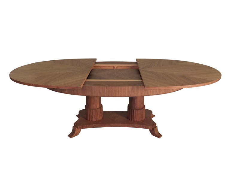 Contemporary extendable table in Biedermeier style made of cherry wood For Sale 1
