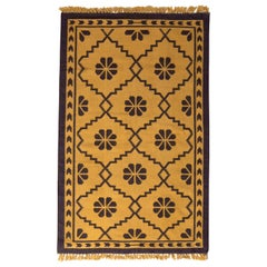 Contemporary Flat-Weave Rug Gold and Black Trellis Pattern by Rug & Kilim