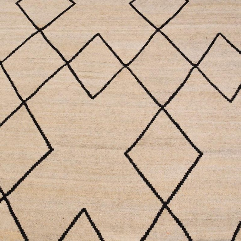 Contemporary Flat-Wave Wool Kilim Beige and Black Color For Sale 3