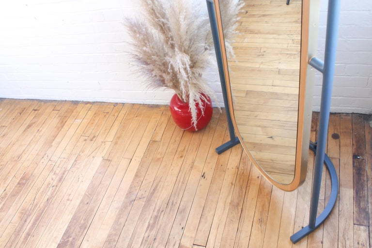 Contemporary Floor Mirror, Curved Frame Full-Length