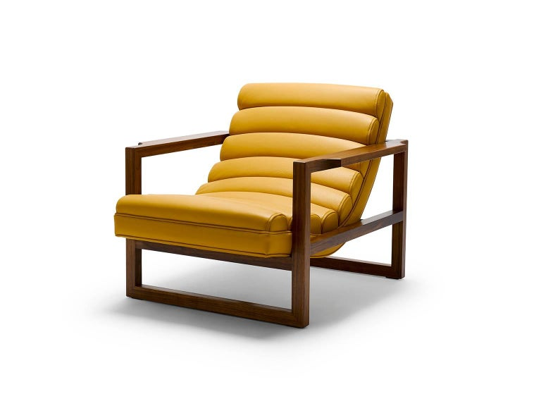 Modern Contemporary Florence Easy Chair in Walnut and Leather For Sale