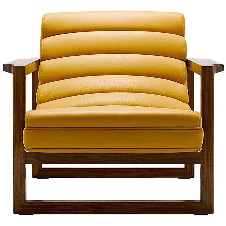 Contemporary Florence Easy Chair in Walnut and Leather For Sale