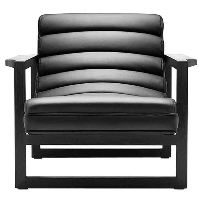 Contemporary Florence Obsidian Chair in Black Leather and Black Wax Walnut
