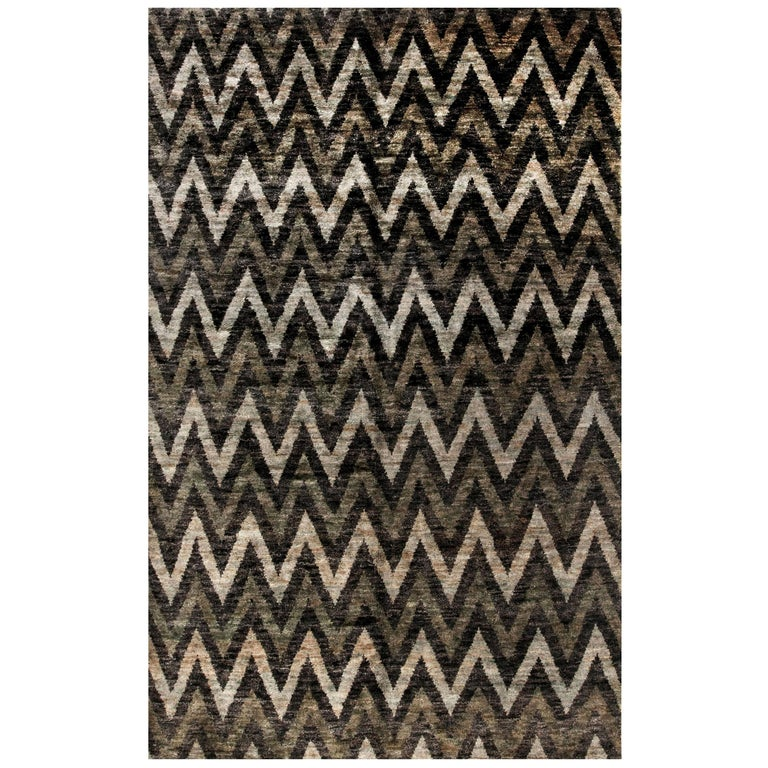 Contemporary Geometric Gray and Black Zigzag Hand Knotted Hemp Rug For Sale