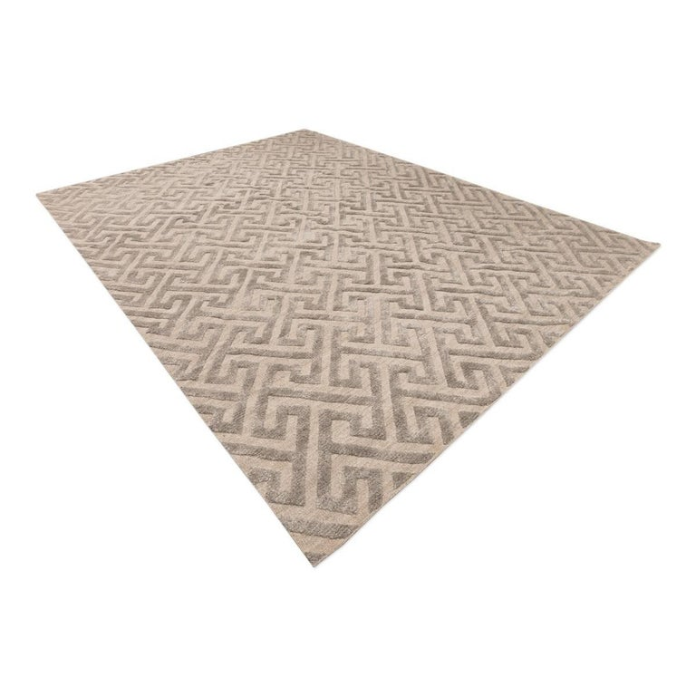 Indian Contemporary Geometric Handmade Gray Silk and Wool Rug For Sale