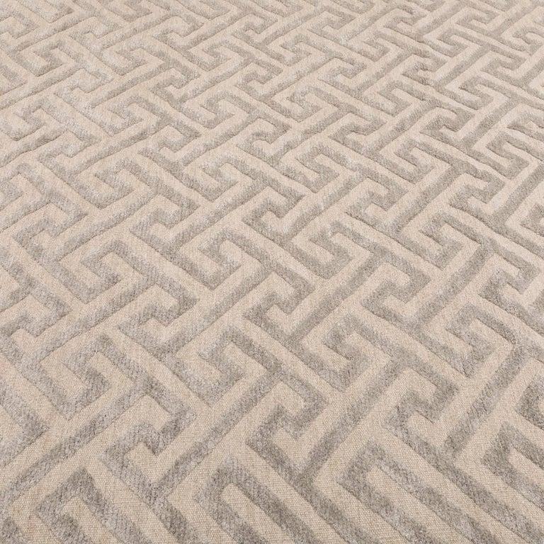 Contemporary Geometric Handmade Gray Silk and Wool Rug For Sale 1