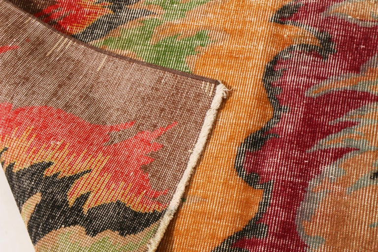 Contemporary Geometric Red and Yellow Multi-Color Wool Rug In New Condition For Sale In Long Island City, NY