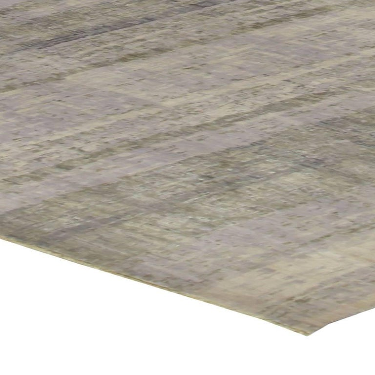 Contemporary Gray Perspective Hand Knotted Wool Rug For Sale 1