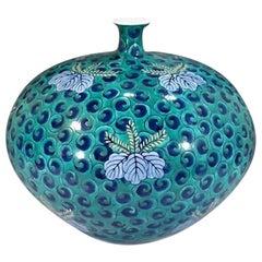 Contemporary Green Imari Decorative Porcelain Vase by Japanese Master Artist