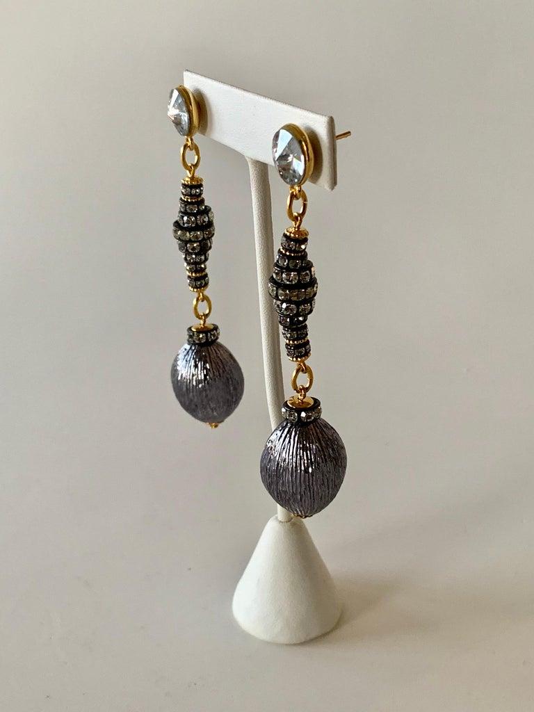Contemporary Gunmetal Diamanté Drop Statement Earrings  For Sale 5