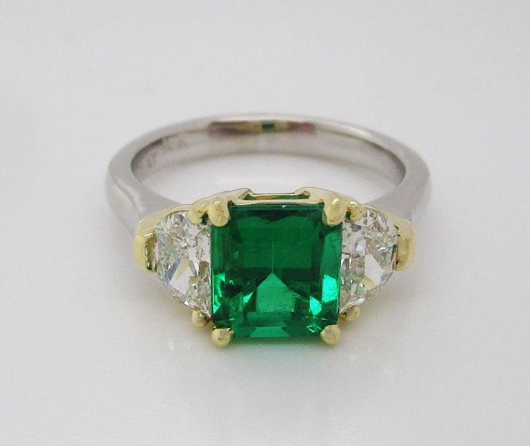 Women's Contemporary Handmade 18K Yellow Gold Platinum Emerald Diamond Three-Stone Ring For Sale