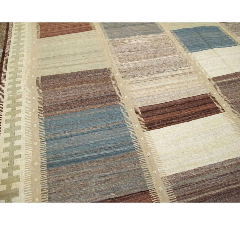 Wool Contemporary Handmade Persian Room Size Flat-Weave Rug For Sale