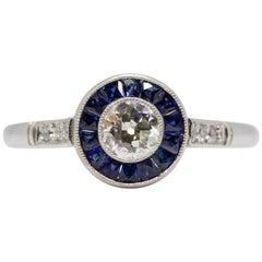 Zeitgenössischer Handgefertigter Platin Diamant und Saphir Ring