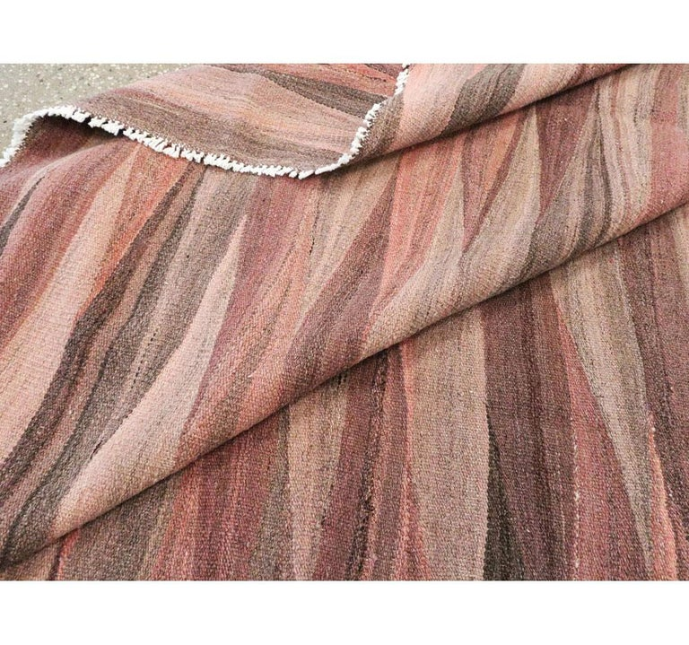 Contemporary Handmade Swedish Inspired Pink Room Size Flat-Weave Rug For Sale 3