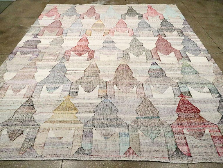Contemporary Handmade Turkish Flat-Weave Kilim Large Geometric Room Size Carpet In New Condition For Sale In New York, NY