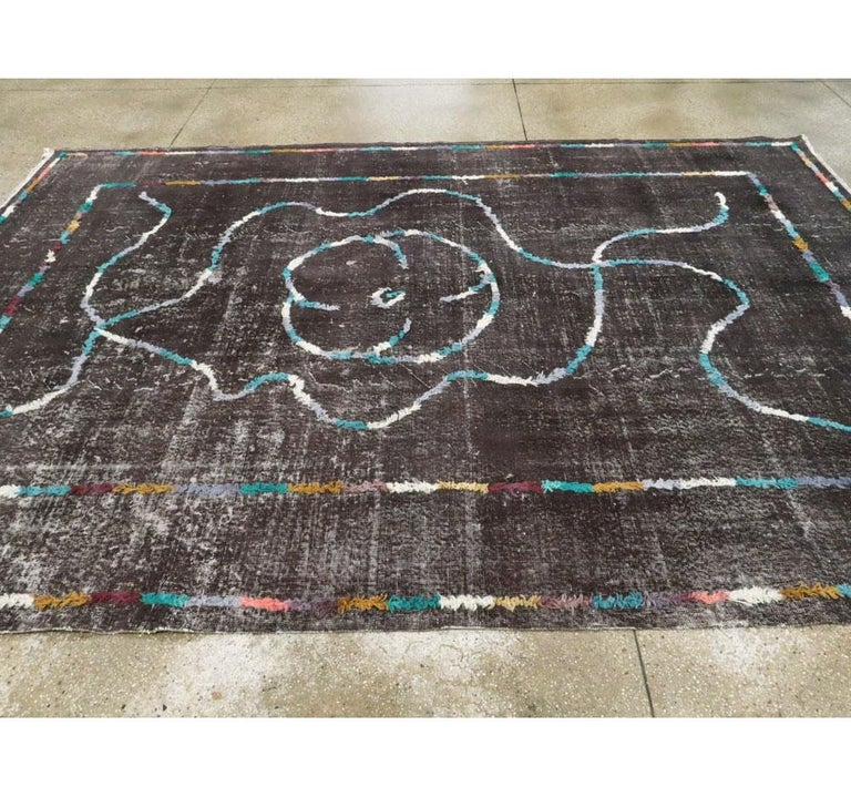 Contemporary Handmade Turkish Folk Rug with a Distressed Appeal in Charcoal For Sale 2