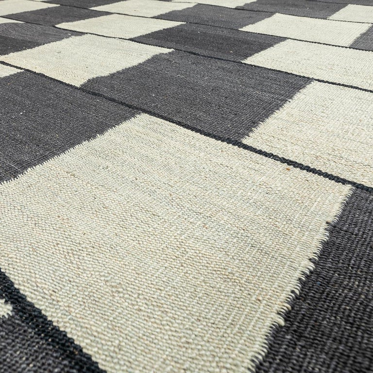 Contemporary Handmade Wool Kilim Gray and Brown Rug For Sale 8