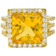 Contemporary Heliodor Golden Beryl Diamond Halo 18 Karat Gold Cocktail Ring