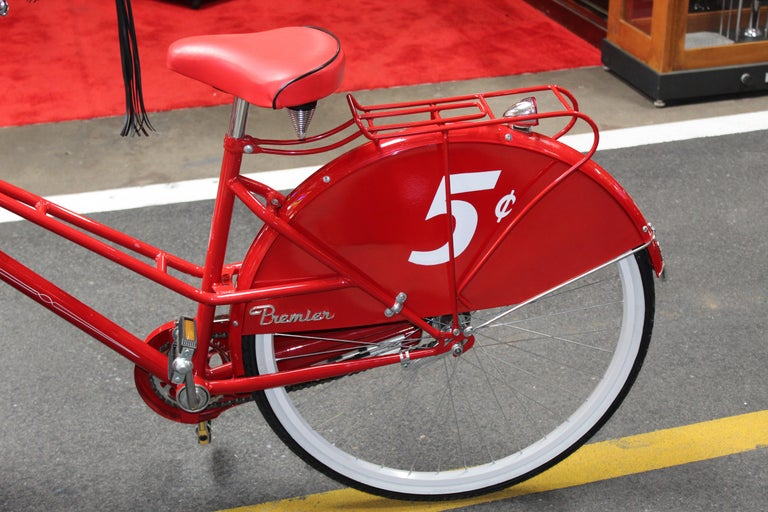 Contemporary Huffy Coca Cola Cooler Tricycle Vendor Bike In Good Condition For Sale In Orange, CA