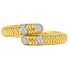 Contemporary Italian 1.90 Carat Diamond 18 Karat Two-Tone Gold Flex Bracelet