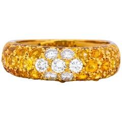 Contemporary Italian 3.85 Carat Diamond Yellow Sapphire 18 Karat Gold Ring
