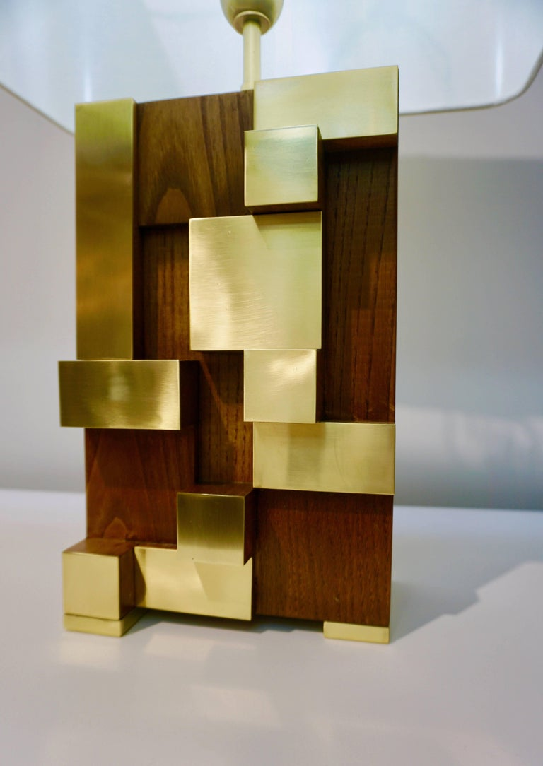 Organic Modern Contemporary Italian Architectural Pair of Stepped Wood and Brass Urban Lamps For Sale