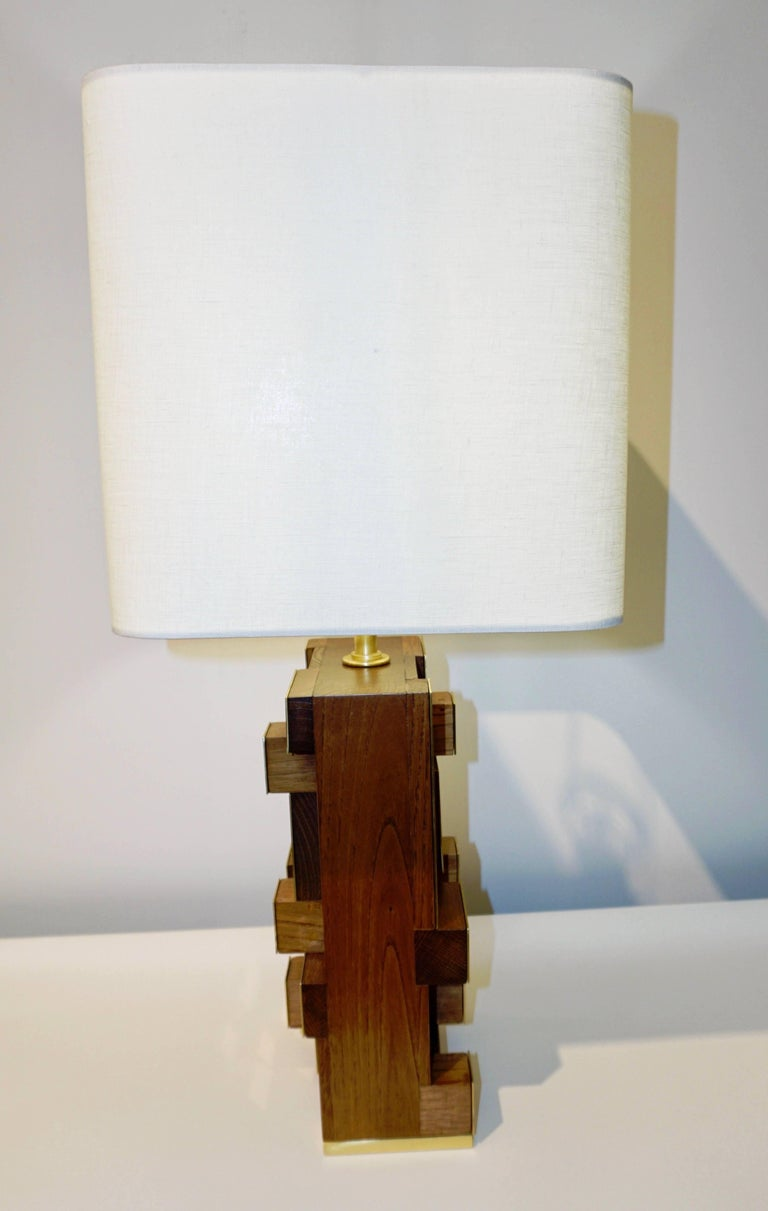 Hand-Crafted Contemporary Italian Architectural Pair of Stepped Wood and Brass Urban Lamps For Sale