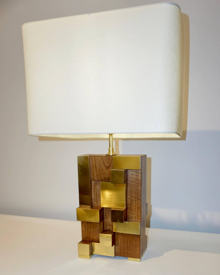 Contemporary Italian Architectural Pair of Stepped Wood and Brass Urban Lamps For Sale 2