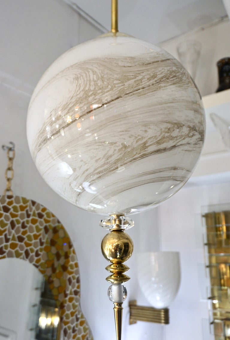 Contemporary Italian Brass and Cream White Alabaster Glass Round Pendant Light For Sale 8