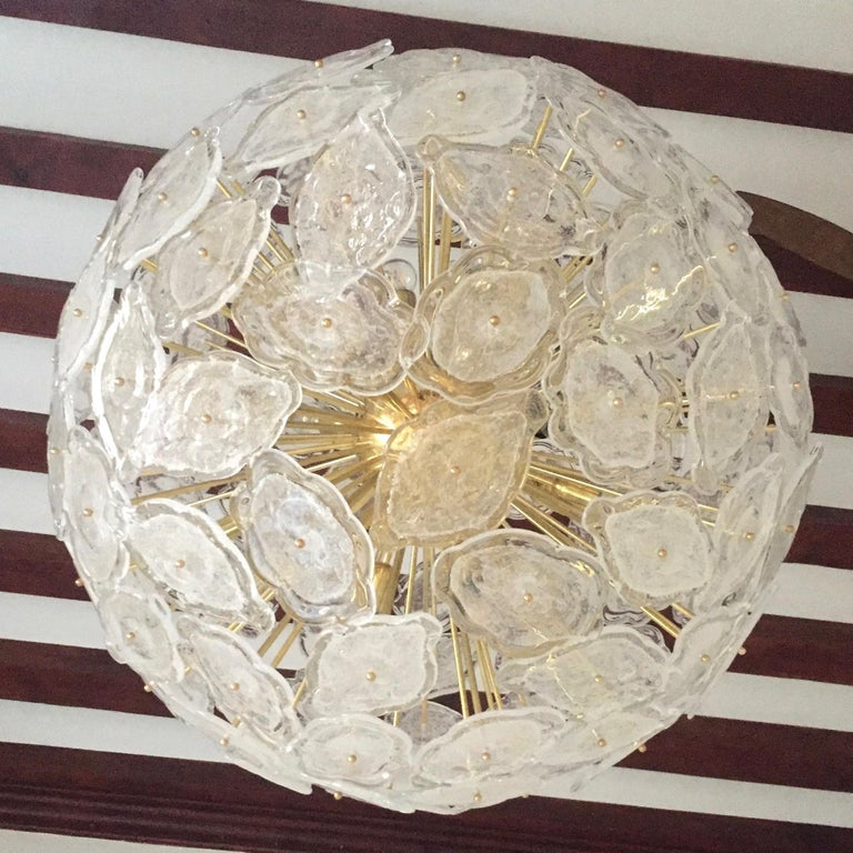 Contemporary Italian Brass & White Frosted Murano Glass Leaf Sputnik Chandelier For Sale 2
