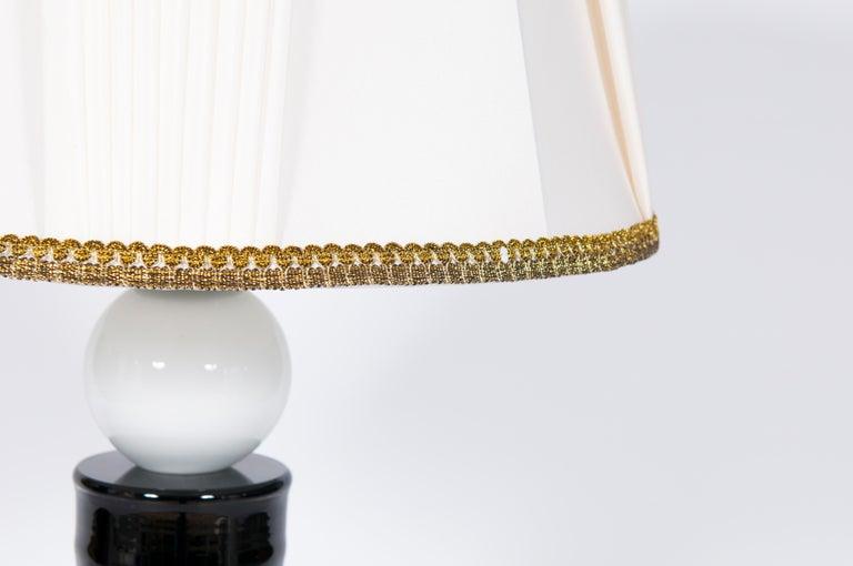 Contemporary Italian Table Lamp in Blown Murano Glass Black and White In Excellent Condition For Sale In Villaverla, IT